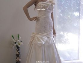 ONE OF A KIND Gorgeous Wedding Dress. Duchesse Satin Silk and Alencon Style Lace.