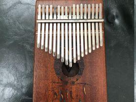 Customize  17 key mbira thumb piano Painting 01